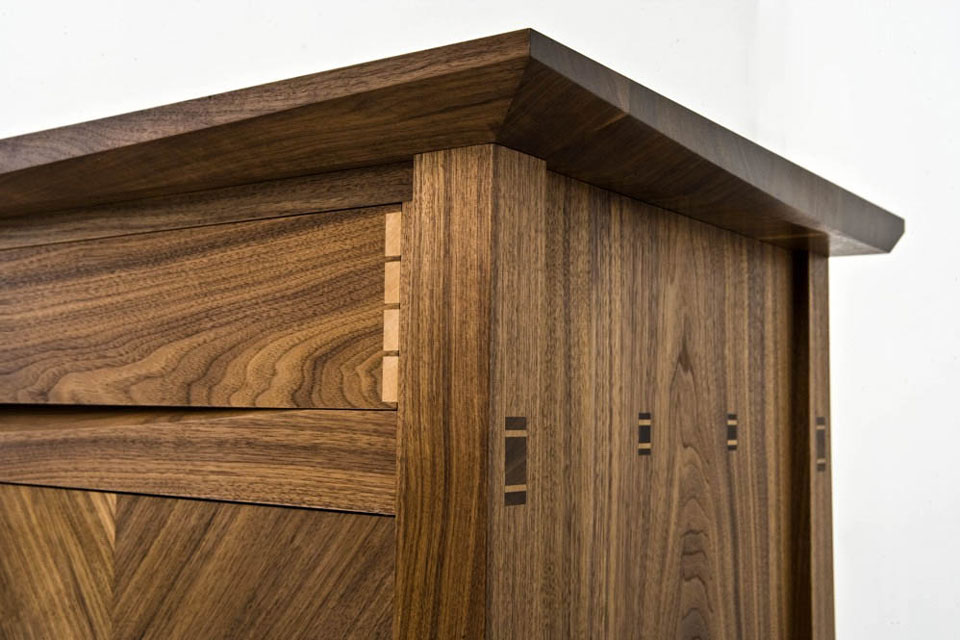 Walnut Sideboard - end detail