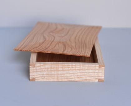 Learn how to make a keepsake box like this