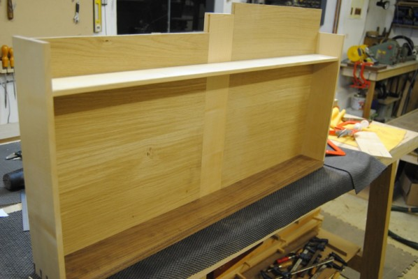 Fitting drawer bottoms with sycamore muntins