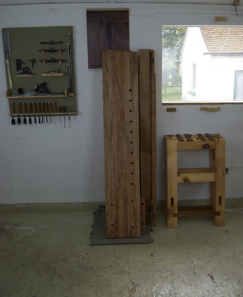 moroubo woodworking bench disassembled